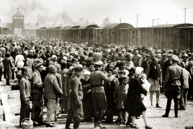 File:Auschwitz-birkenau.jpg