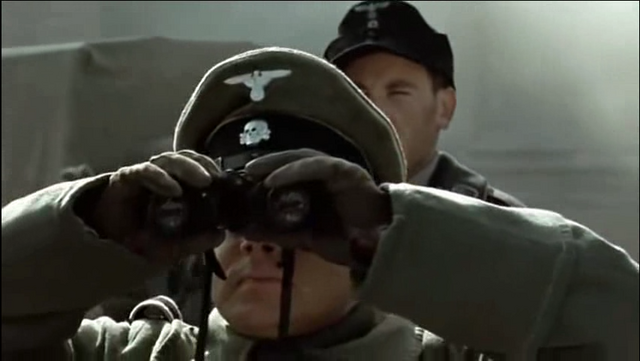 File:Max Muller with binoculars 2.png