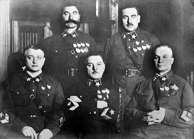 File:First 5 Marshals of USSR, Mikhail Tukhachevsky, Semyon Budyonny, Kliment Voroshilov, Vasily Blyukher, Aleksandr Yegorov 11-11-1935.jpg