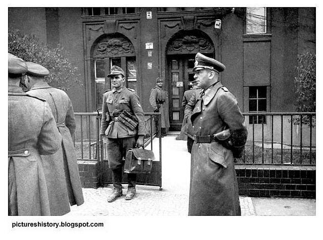 File:General-Hans-Krebs-arrives-at-the-Soviet-Army-Headquarters-in-Berlin-on-1-May-1945-Krebs-shot-himself-later-that-day.jpg