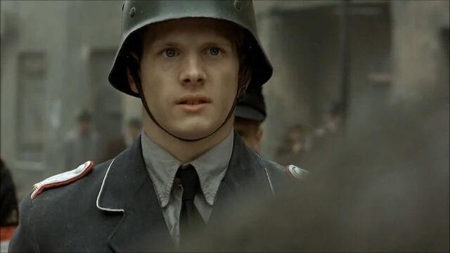 File:HJ Oberleutnant.jpg