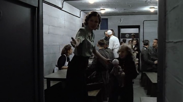 File:Goebbels children enter the bunker.png