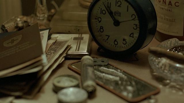 File:Fegelein table cocaine clock.png