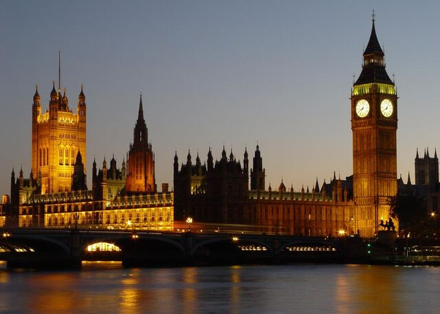 File:Palace of Westminster with Big Ben.jpg