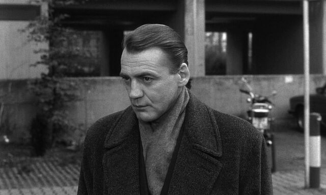 File:Bruno Ganz Damiel Wings of Desire.jpg