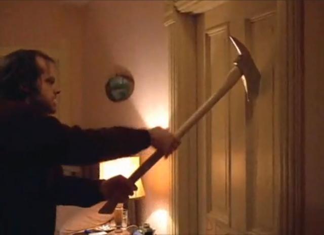 File:Jack Torrance breaking door.png