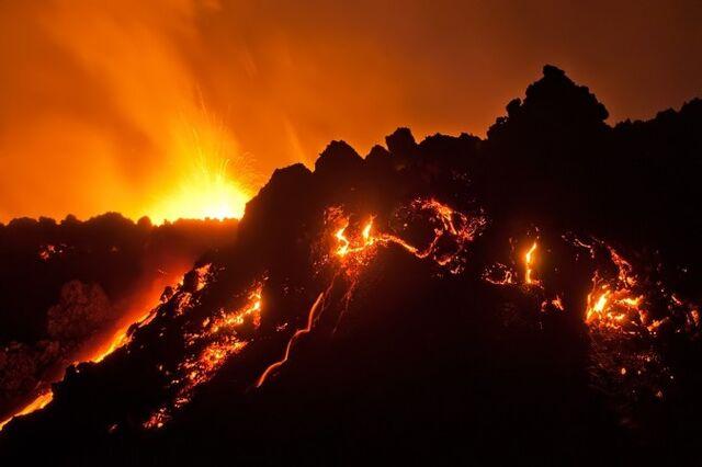 File:Volcanic-Eruption.jpg