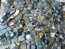 1000 mobiles