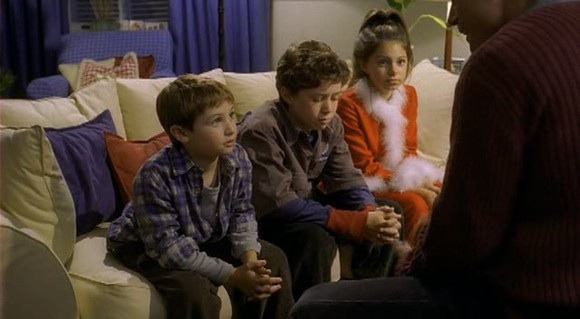 File:Home Alone 4 Megan Buzz Kevin.jpg