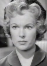 File:Peggy Cummins Night of the Demon (1957).jpg