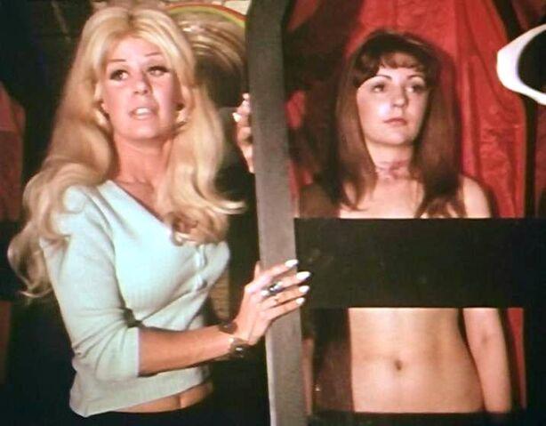File:Judith and Joan Fontaine (Dracula vs. Frankenstein).jpg