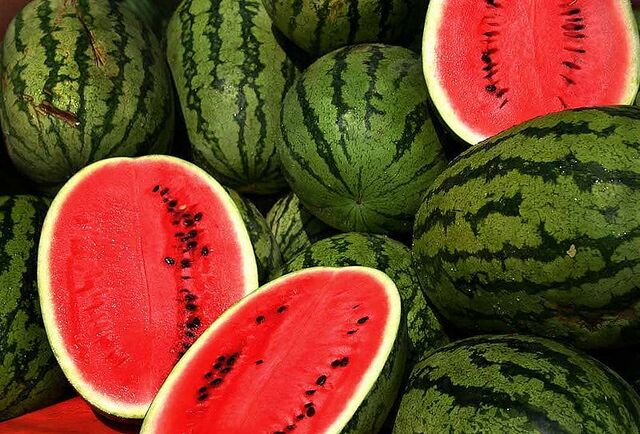 File:800px-Watermelons.jpg