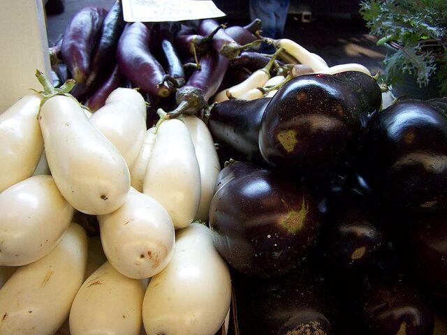 File:800px-Three Types of Eggplant.jpg