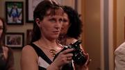 Helen tar bilder for CæsarPosten