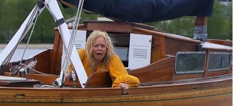Fil:Bitten i båt.png
