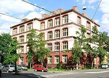 Fil:Bjørknes privatskole.jpg