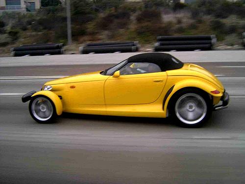 File:Yellow car..jpg