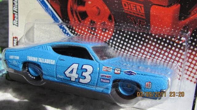 File:Vintage racing 30.JPG