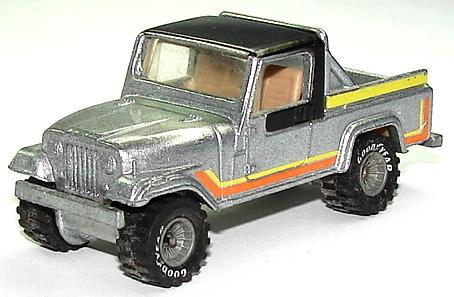 File:Jeep Scrambler Silv.JPG