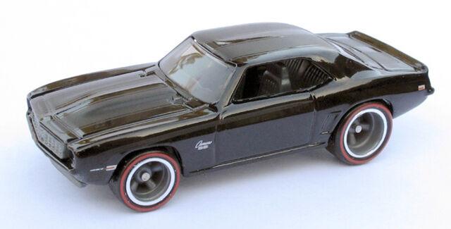 File:69 Camaro - HW Garage.jpg