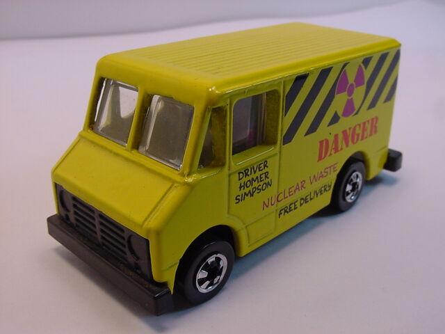 File:1990 Homer's van BW dk magenta.jpg