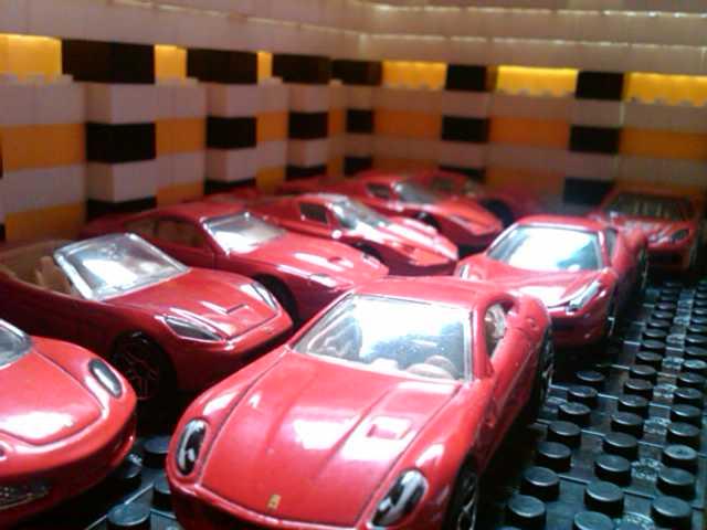 File:FerrariRed.jpg