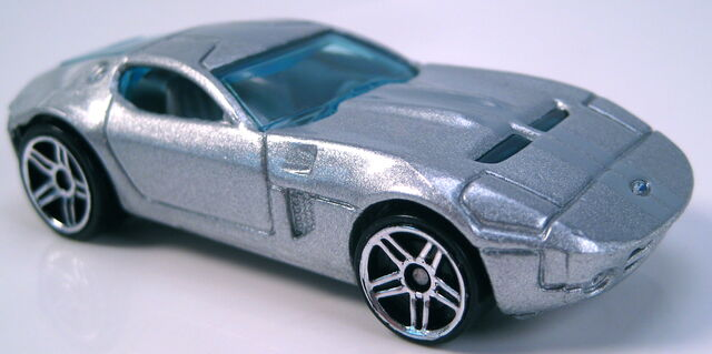 File:Ford Shelby GR-1 Concept silver 2005 FE grey interior painted base.JPG