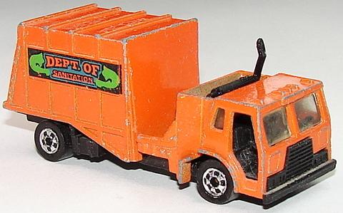 File:Trash Truck Rt.JPG