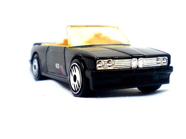 File:1989 BMW 323 b.jpg