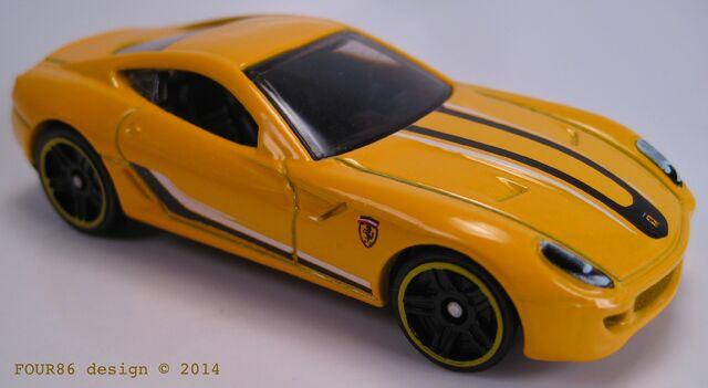 File:Ferrari 599 gtb fiorano yellow 2015.jpg