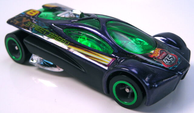 File:Slingshot hwy 35 world race black sides green rims.JPG