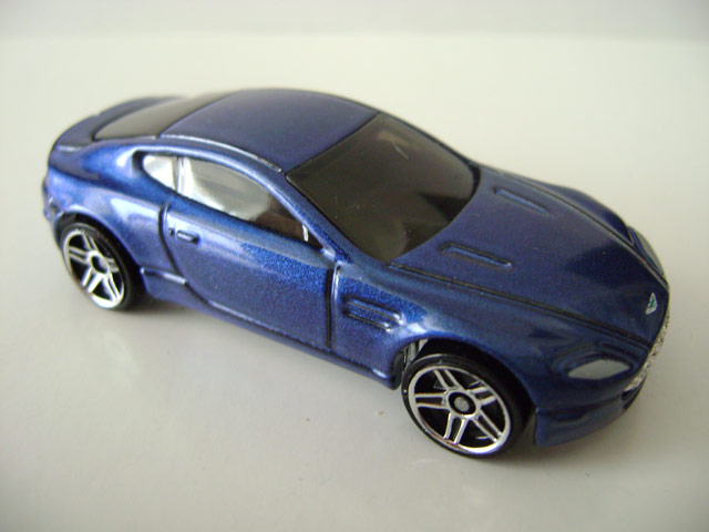 File:Astonmartin.blue.jpg