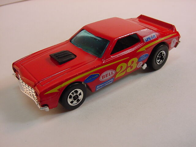 File:1977 Torino Stocker blackwall red shiney.jpg