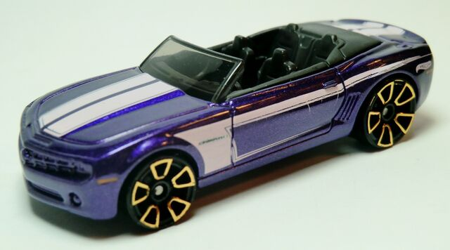 File:Camaro Convertible Concept.2011-149 Metalflake Purple .jpg