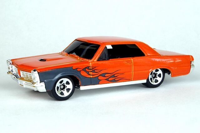 File:'65 Pontiac GTO - 6893df.jpg
