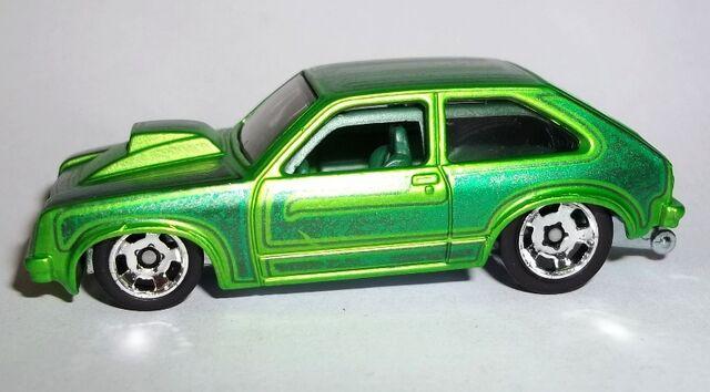 File:HW-2014-Cool Classics--28-1976 Chevy Chevette.jpg