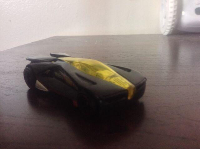 File:Black and yellow.jpg