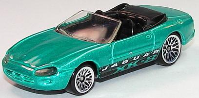 File:Jaguar XK8 Grn.JPG