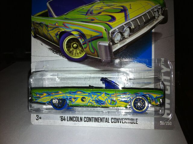 File:'64 Lincoln Continental Convertible 36-250 HW CITY . photo.jpg