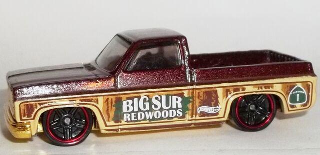 File:HW-Road Trippin'-2104-22-'83 Chevy Silverado.jpg
