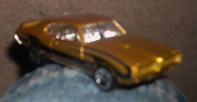 File:Hotwheels '68 Pontiac GTO.JPG