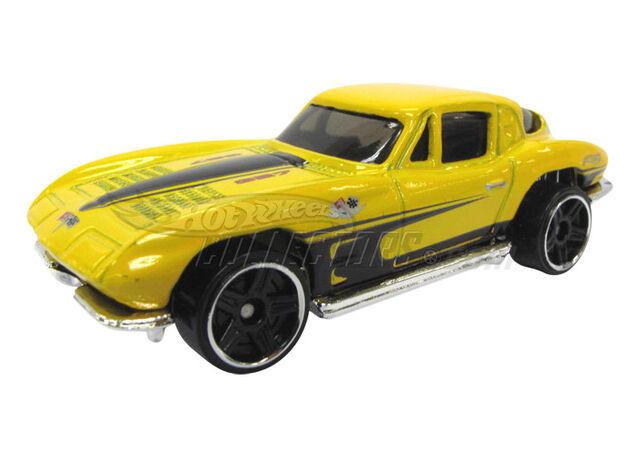 File:'63 Corvette 2011 Street Beast.jpg