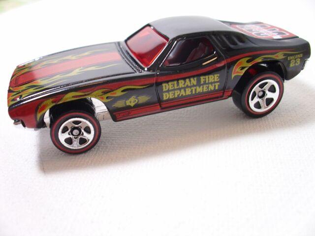 File:Dixie Challenger (800x600).jpg