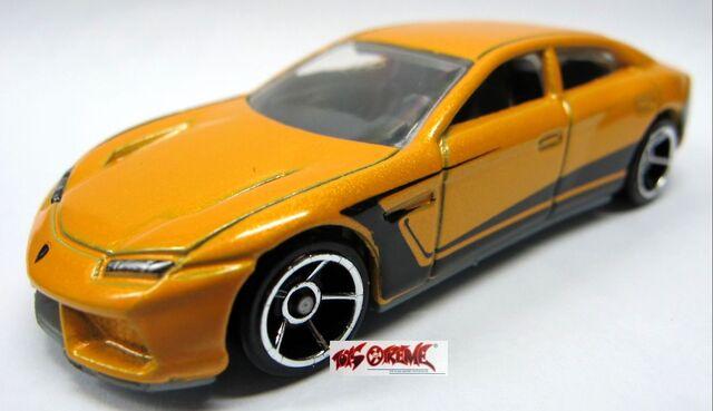 File:2012-Lamborghini Estoque-YELLOW.jpg