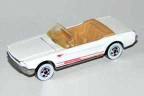 File:65 Mustang WhtTanInt.JPG