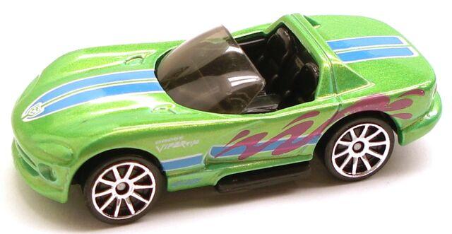 File:DodgeViperRT10 Decades.JPG