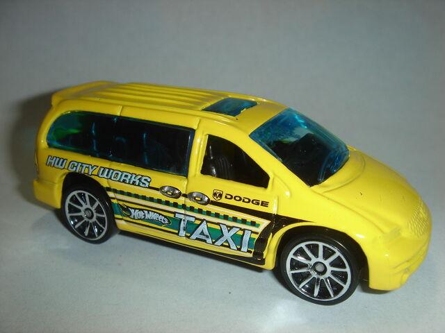 File:HW Dodge Caravan.JPG