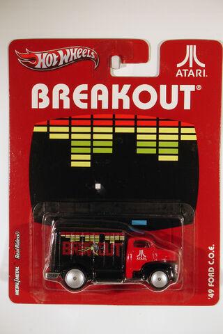 File:2012 Atari 49 Ford COE (Breakout).jpg