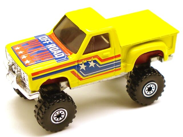 File:Bodyswappers truck 4x4.JPG