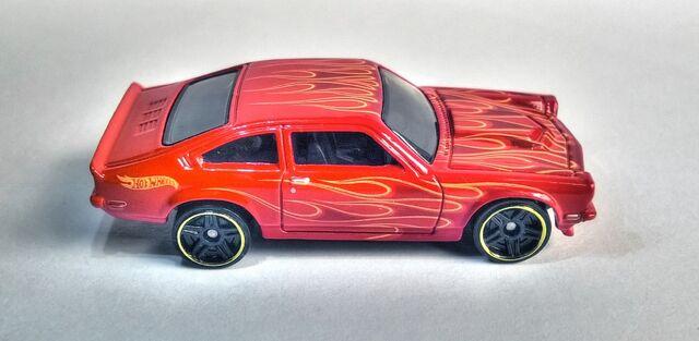 File:Hot Wheels Custom V-8 Vega (2014 Model).jpg
